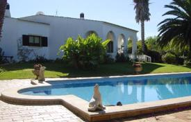Residential for sale in Silves Municipality. Large 3 bedroom villa with pool