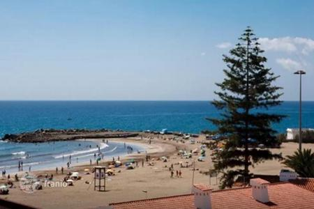 Property for sale in Gran Canaria. Nice Large Apartment next to the Beach