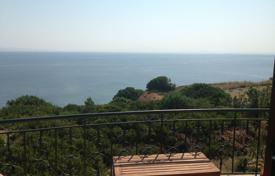 Residential for sale in Administration of Macedonia and Thrace. Villa – Moudania, Administration of Macedonia and Thrace, Greece