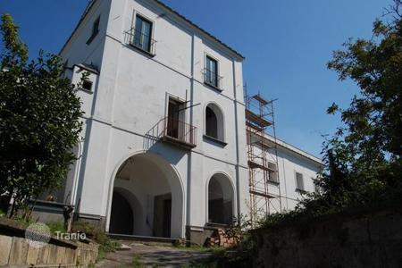 Residential for sale in Piano di Sorrento. Sumptuous villa in Piano di Sorrento