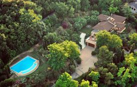 Property for sale in Marche. Luxury villa on the Adriatic coast, Pesaro, Italy