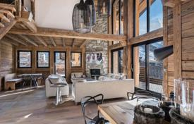Luxury 4 bedroom apartments for sale in French Alps. Apartment – Val d'Isere, Auvergne-Rhône-Alpes, France