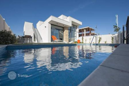 2 bedroom houses for sale in Spain. Stylish villas on Costa Blanca seashore