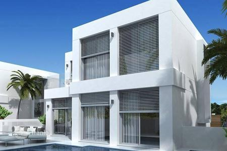 Houses for sale in Guardamar del Segura. Gorgeous modern villa with sea views in Guardamar del Segura