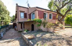 Residential for sale in Porto Santo Stefano. Independent villa for sale in Tuscany, Monte Argentario — Lividonia