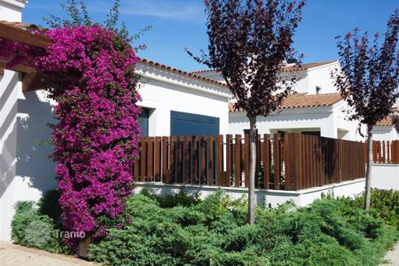 Residential from developers for sale in Cambrils. Terraced house – Cambrils, Catalonia, Spain