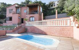Comfortable villa with a swimming pool, terraces and a garden, overlooking the sea and the mountains, Calonge, Spain for 395,000 €
