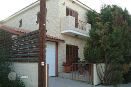 Townhouses for sale in Nicosia (city). 3 Bedroom Semi-Detached House in Lakatamia
