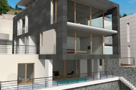 Luxury 4 bedroom houses for sale in Lake Como. Villa – Lake Como, Lombardy, Italy