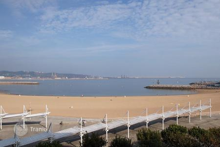 Apartments for sale in Gijón. Apartment – Gijón, Asturias, Spain