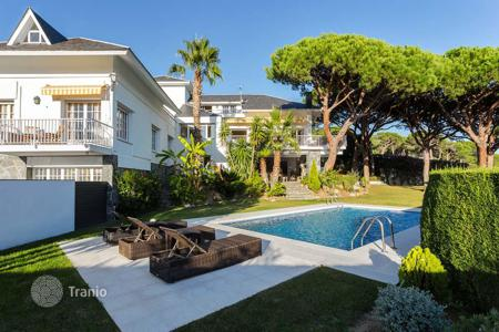 6 bedroom houses for sale in Cabrera de Mar. Villa with spectacular views of the Mediterranean