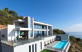 Luxury property for sale in Saint-Raphaël. Contemporary new property — Panoramic seaview