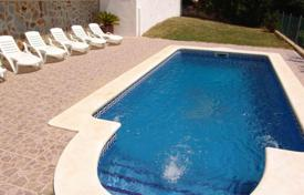 Houses with pools by the sea for sale in Costa Dorada. Townhome – El Vendrell, Catalonia, Spain