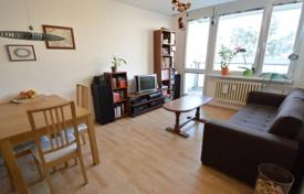 Property for sale in the Czech Republic. Cozy two-bedroom apartment with a balcony near the forest in the fourth district of Prague