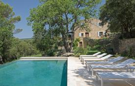 Gordes — A slice of heaven for this renovated stone house. Price on request