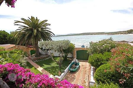 Luxury property for sale in Costa Smeralda. Detached house – Olbia, Sardinia, Italy