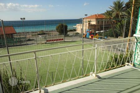 Coastal apartments for sale in Ospedaletti. Apartment in Ospedaletti, Italy
