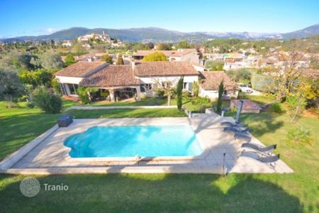 3 bedroom houses for sale in Muan-Sarthe. Villa – Muan-Sarthe, Côte d'Azur (French Riviera), France