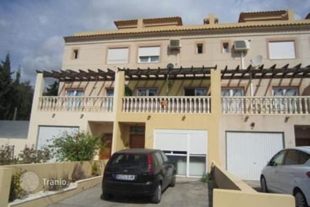 Cheap 5 bedroom houses for sale in Spain. Apartamento of 5 bedrooms in Calpe