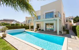 4 bedroom houses for sale in Faro. Villa – Alvor, Faro, Portugal
