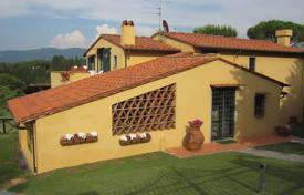 Charming villa with a swimming pool in Impruneta, Tuscany, Italy for 1,350,000 €