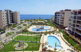 Apartments with pools from developers for sale in Spain. Spacious apartments near the beach, Torre de la Oradada, Spain