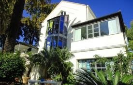 Luxury 4 bedroom houses for sale in Liguria. Modern villa in Ospedaletti