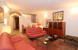 3 bedroom apartments for sale in Tuscany. Apartment – Siena, Tuscany, Italy