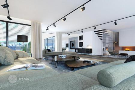 Luxury apartments for sale in Austria. Three-level penthouse with 5 terraces, loggia and views of the city in a new building in Vienna, Wieden
