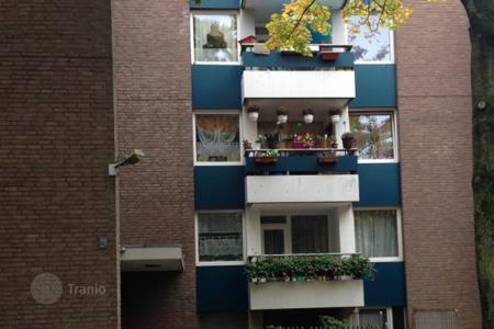 Property for sale in North Rhine-Westphalia. Apartment house in Düsseldorf with a 3,8% yield