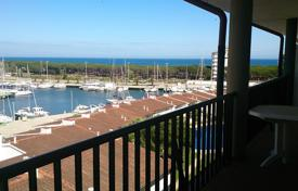5 bedroom apartments for sale in Catalonia. Apartment – Castell Platja d'Aro, Catalonia, Spain