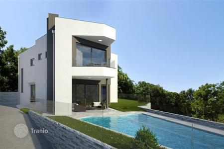 Off-plan houses for sale in Croatia. Villa under construction in Kostrena