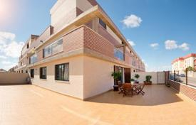 Property from developers for sale in Costa Blanca. Terraced house – Alicante, Valencia, Spain