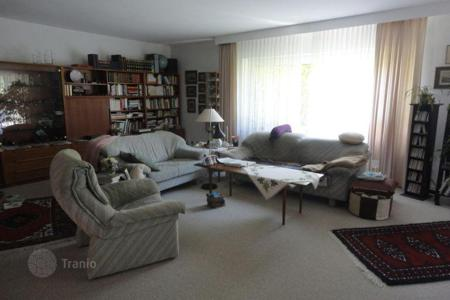 Property for sale in Baden-Wurttemberg. Spacious house with a garden for the family in Baden-Baden