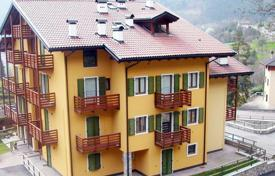 Residential for sale in Tenno. Apartment – Tenno, Trentino — Alto Adige, Italy