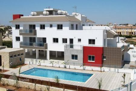 3 bedroom apartments for sale in Famagusta. Three Bedroom Ground Floor Apartment with Communal Pool