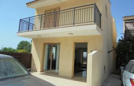 3 bedroom houses for sale in Emba. 3 Bed Detached Small Courtyard Emba