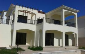 Houses for sale in Limassol. Three Bedroom Villa wih Swimming Pool Pissouri Limassol
