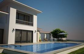 Houses for sale in Esentepe. Spacious villa with infinity pool, two minutes walk from the beach in Esentepe, North Cyprus