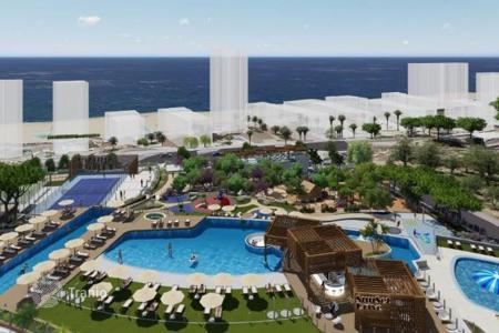 Apartments with pools from developers for sale in Spain. Sea view apartment in a new residence with garden, pools, sports grounds, in 100 m from the beach, in Benidorm, Spain