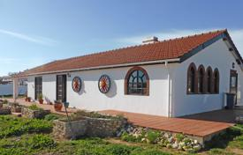 Property for sale in Faro (city). 2 bedroom country house on large plot in Odiaxere, Lagos, West Algarve