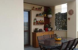Apartments for sale in Abruzzo. Top floor apartment in Montesilvano