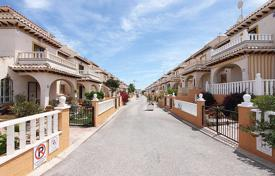 Cheap houses with pools for sale in Valencia. Orihuela Costa, Lomas de Cabo Roig. Townhouse-duplex 85 m² built with plot of 65 m²