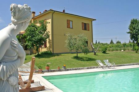 Houses for sale in Sinalunga. Estate for sale in Tuscany in the municipality of Sinalunga