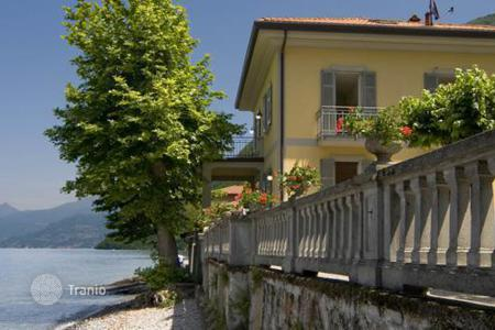 Villas and houses for rent with swimming pools in Lake Como. Villa Lucia