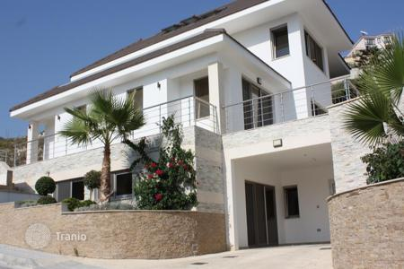 5 bedroom houses for sale in Agios Tychon. Five Bedroom Villa