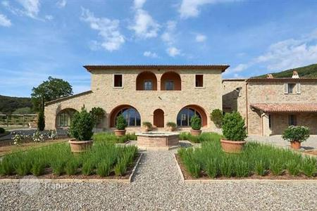 5 bedroom houses for sale in Panicale. Villa – Panicale, Umbria, Italy