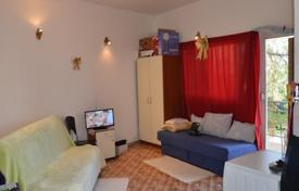 Cheap 1 bedroom apartments for sale in Croatia. Furnished studio apartment with balcony, Dubrovnik, Croatia