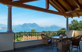 Residential for sale in Piedmont. New duplex apartment with its own entrance, a garage and a terrace with panoramic views of the lake in Baveno, Italy
