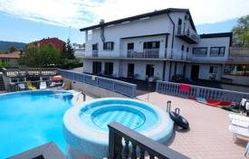 Luxury houses with pools for sale in Portorož. Villa – Portorož, Piran, Slovenia